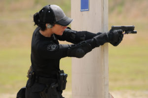 woman_security_officer